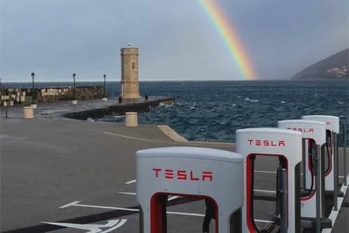 特斯拉抢占市场 预计12月在荷兰交付10000+电动汽车