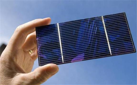 黑晶光电在钙钛矿晶硅叠层电池领域上取得突破