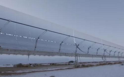 乌拉特中旗导热油槽式10万千瓦光热发电项目一次冲转成功