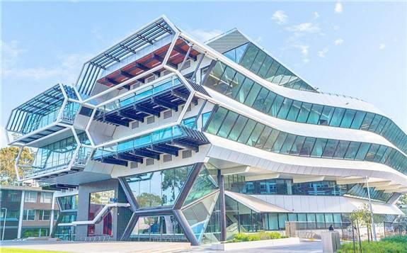 莫纳什大学开发出全球最高效的锂硫电池 并即将商业化