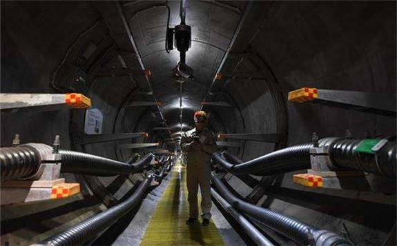推进泛在电力物联网运用 首条智慧地下电缆线路投运