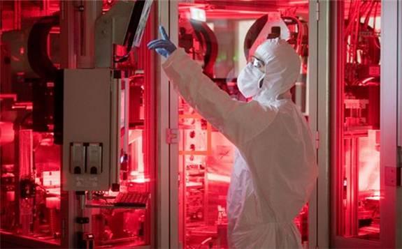 中美贸易协议:美政府针对中国电池的进口关税减半