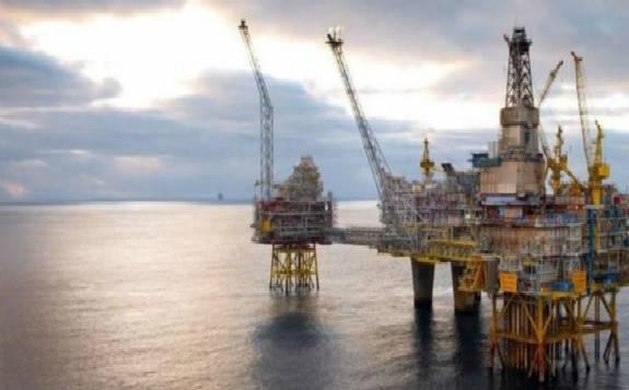 疫情迫使卡塔尔改道石油和天然气