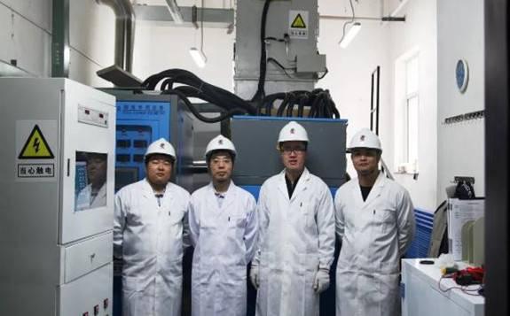 国内首台高温真空电磁感应UO2冷坩埚单晶炉成功搭建