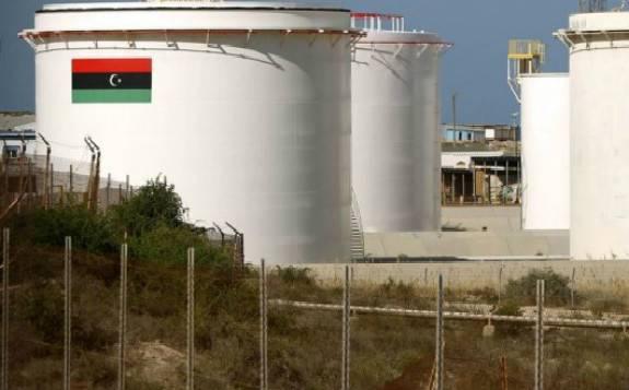 利比亚石油董事长呼吁美国帮助结束石油封锁