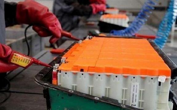 澳大利亚科学家利用榴莲成功制造超级电容器