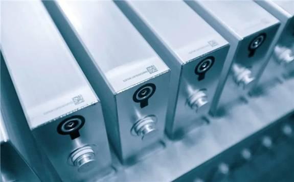业内人士认为:磷酸铁锂电池将凭自身优势占据市场一席之地