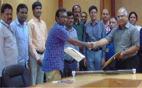 印度研究中心(ARCI)成功研发太阳能集热管技术