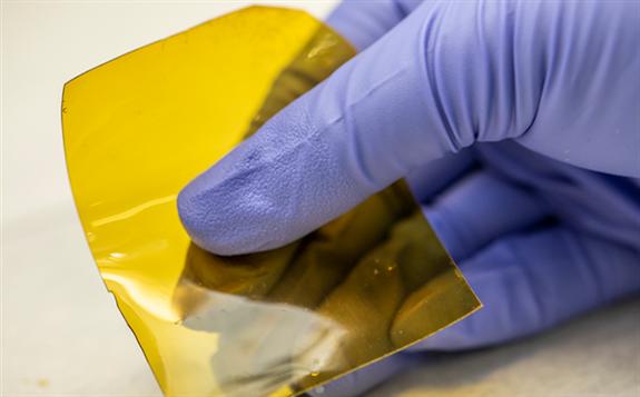 美国研究人员开发出大幅降低液流电池成本的离子交换膜