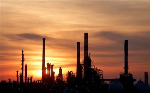 全球有效的石油供应削减将达到约1950万桶/日