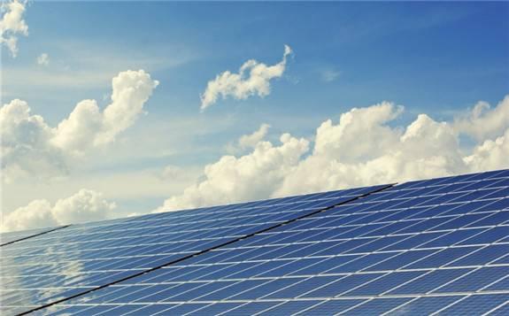 爱沙尼亚南部新建一座拥有1万块太阳能电池板的光伏电厂