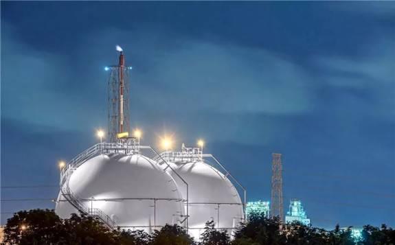 全球天然氣市場面臨諸多挑戰 減產勢在必行