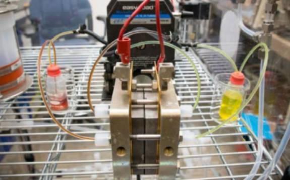 英国研发用于兆瓦级太阳能和储能的氧化还原液流电池