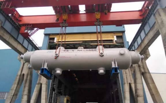 华龙一号福清6号机组汽水分离再热器吊装完成