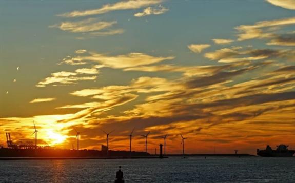 壳牌和Eneco计划在荷兰建设一座200兆瓦的制氢厂