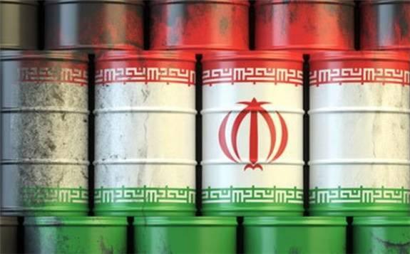 由于疫情和美国制裁,伊朗4月石油出口降至纪录低位