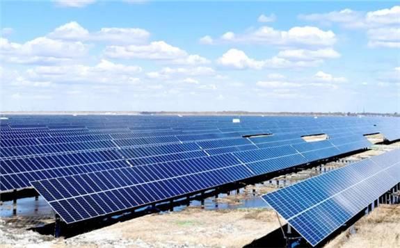 中电朝阳500MW光伏发电平价上网示范项目接近尾声 5月底将实现全容量并网