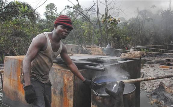 尼日利亚国家统计局:石油部门产值同比实际增长5.06%,环比增长11.30%