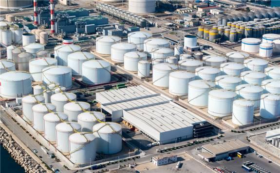 印度石油部长表示:考虑将一些低价的美国石油储存在美国