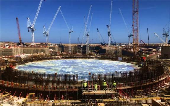 英国欣克利角C核电项目按期完成2号机组核岛筏基混凝土浇筑