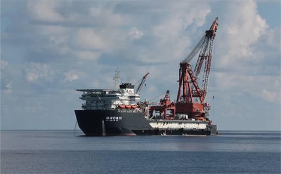 我国深水油气资源开发能力再获重大突破!最大水深海底管线铺设项目首阶段完工!