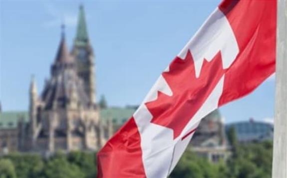 2019年美国从加拿大的能源进口总值为850亿美金