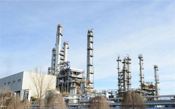"""中国石油青海格尔木炼油厂首次实现""""零""""锅炉运行"""