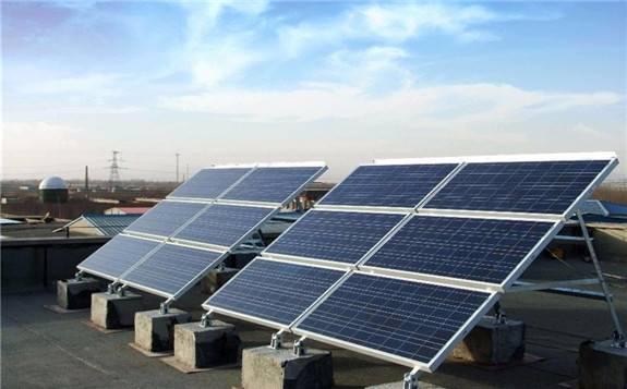 光伏发电成本8年下降近80%!预计成最便宜的能源