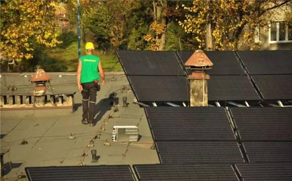 波兰鼓励投资太阳能发电和海上风电