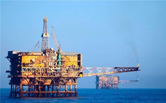全球石油巨头市值大缩水,埃克森美孚、雪佛龙与壳牌市值腰斩