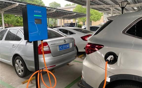 上海这个园区竟然使用电动汽车淘汰的电池组,结果……