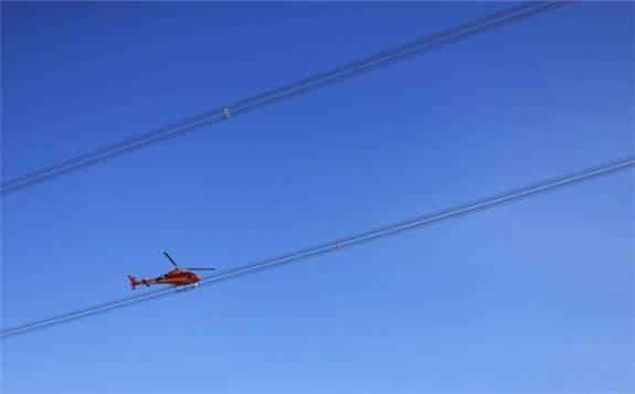 青海电网首次实施直升机验收巡视及三维激光扫描建模作业