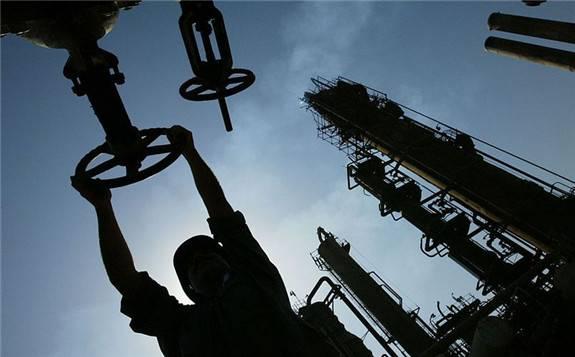 沙特阿拉伯和伊拉克能源官员表示,两国将完全遵守今年达成的石油减产协议