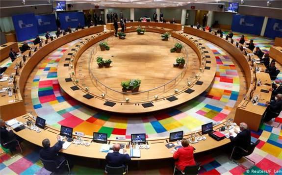 欧洲联盟峰会陷入僵局,各国领导人无法就复苏计划预算达成共识