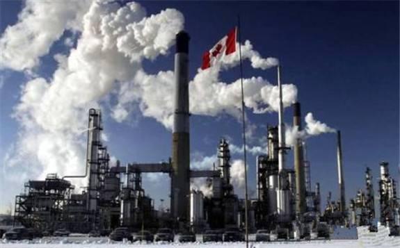 今年加拿大石油产量将创下史上最大年度降幅