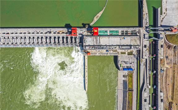 大藤峡水利枢纽左岸工程全面投产运行