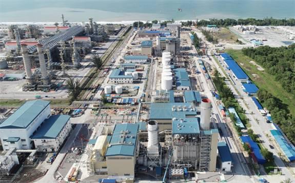 马来西亚凯德隆电站首机并网发电