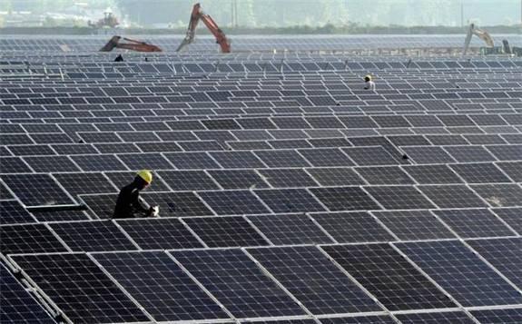 新疆省完工首例供电所房顶分布式光伏
