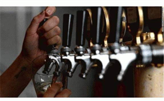 """澳大利亚将""""啤酒库存""""转化为可再生能源提供电力"""