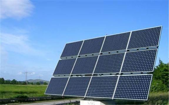 美国部分媒体和某些专家把加州的大停电归咎于间歇性的太阳能光伏
