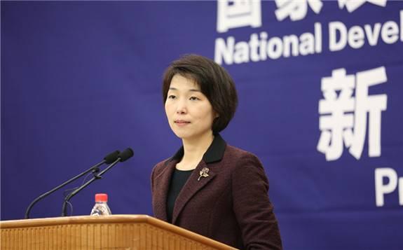 国家发改委:7月份全国全社会用电量同比增长2.3%