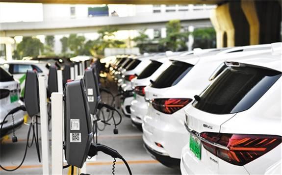 在新冠疫情和车市低迷的背景下,欧洲新能源汽车销量异军突起