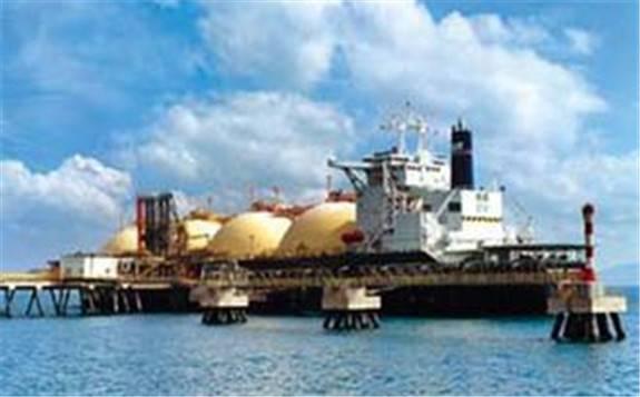 伊拉克承诺8月和9月深化减产40万桶/天