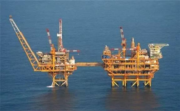 沙特能源大臣宣布:沙特阿美在沙北部地区发现了两处新的油气田