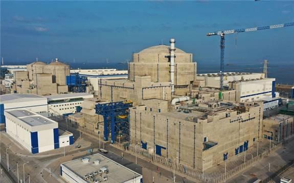 我国自主三代核电华龙一号全球首堆开始装料