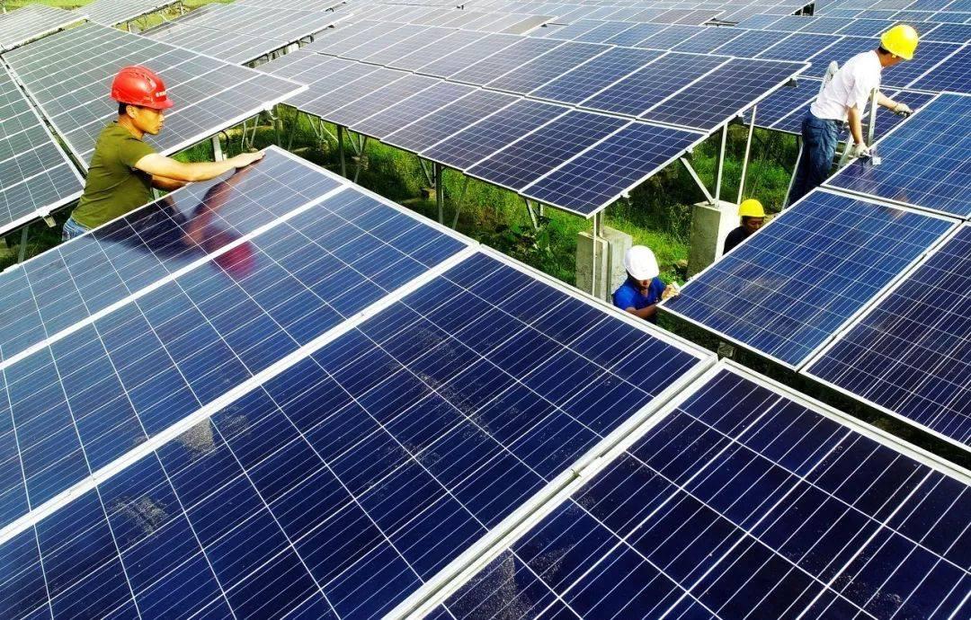 纵观光伏发电行业整体发展现状,挖掘哪个省是我国的龙头一哥?