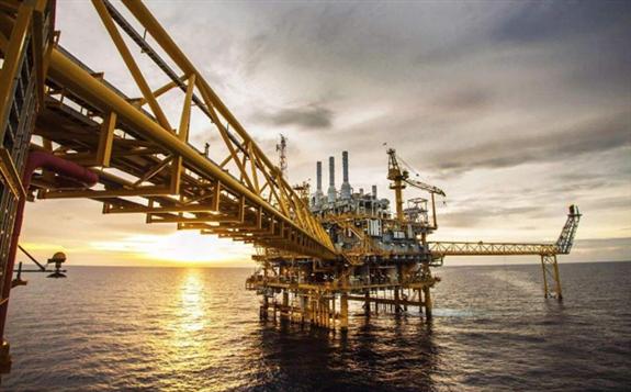 我国海上首座大型稠油热采开发平台——旅大21-2平台顺利投产!