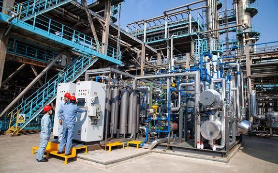 中国石化能生产燃料电池级高纯氢气的试验装置开工成功