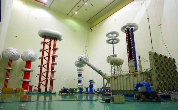 世界首台现场组建高端换流变压器抵达±800千伏特高压青南换流站