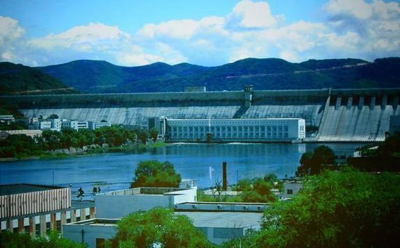 中国水电摇篮丰满水电站重建工程实现全部机组投产发电